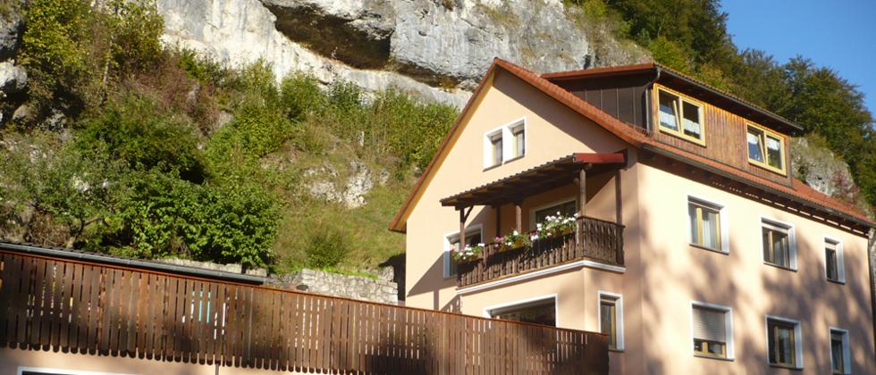 Familie Hümmer, Oberes Püttlachtal 27 in Pottenstein – Ferienwohnungen und Ferienhaus